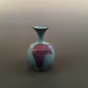 Chinese Junyao Style Vase