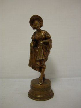 SMALL BRONZE OF A LADY, UNSIGNED; 6 IN H
