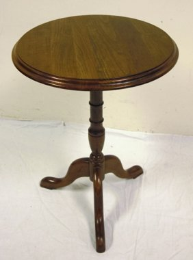PENNSYLVANIA HOUSE CHERRY SNAKE FOOT CANDLE STAND