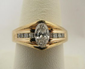 Lady's 14K YG Ring, .50ct Marquise Diamond