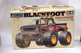 Black Foot Rc Monster Truck With Box