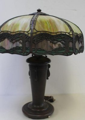 Handel. Signed Leaded Glass Table Lamp.