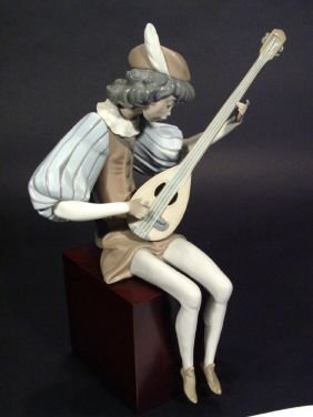 Large Hand Painted Lladro Porcelain Figure 'Mediev
