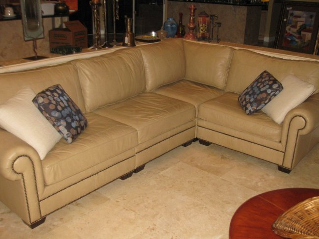 Bernhardt Custom Leather Sectional Sofa Lot 124