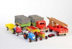 2 Holzfahrzeuge + Diverse Traktoren