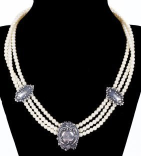 An Estate Silver Triple Strand Pearl Necklace