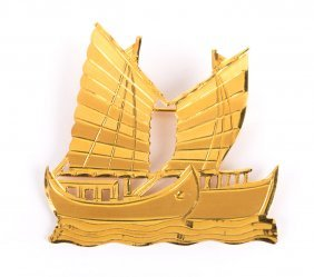 A Lady's Gold Sailboat Brooch