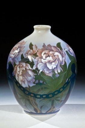 Gro�e Vase Mit Pfingstrosen