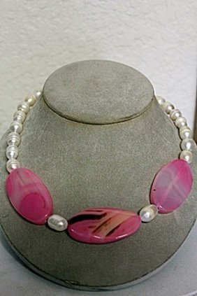 White Baroque Pearls With Pink Agate Necklace