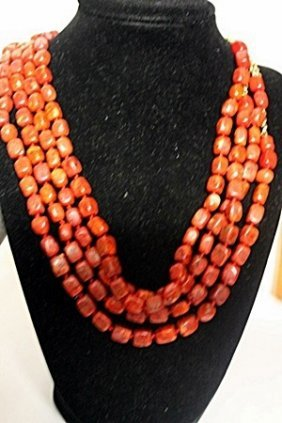 Ladies Beautiful Coral And Gold Necklace