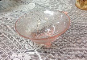 Very Rare Pink Depression Glass Royal Lace Nut Dish