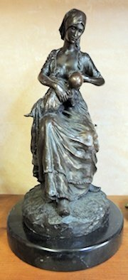 Nice Early Bronze Figurine Lady Nursing Baby