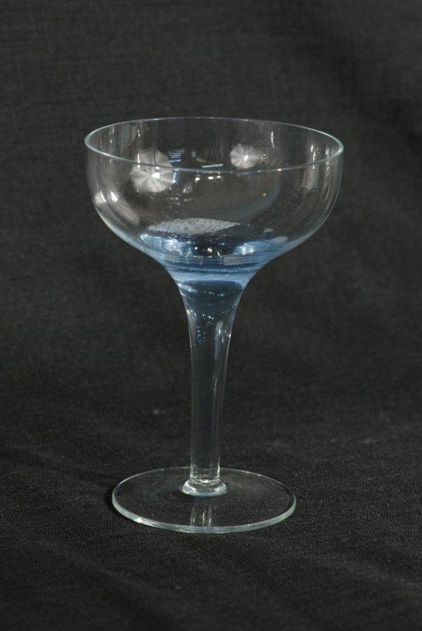 4093 twenty hollow stem champagne glasses lot 4093 - Hollow stem champagne glasses ...
