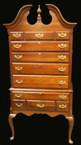 Georgian Style Chest On Stand By Drexel Heritage