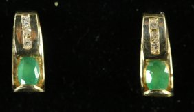 14kt-afjc Gold Pair Of Diamond & Emerald Earrings