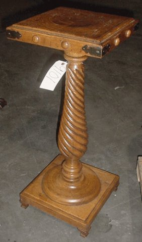 SMALL ANTIQUE TWISTED TIGER OAK PEDESTAL 9101