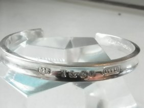 SIGNED TIFFANY & CO STERLING BANGLE CUFF W/BAG 1546