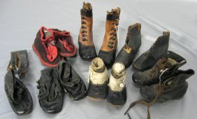 Shoes. Antique Baby, Child, And Doll Shoes. Worn Condit