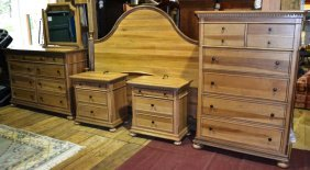 Paula Deen Home Maple Finish King Size Br Suite: Bed,