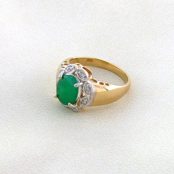 APP 5 1k 14 kt Gold 1 58CT Emerald & Diamond Ring Lot 845