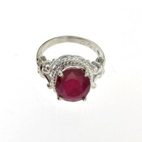 APP: 9.9k 7.40CT Ruby & Sterling Silver Ring