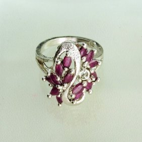 APP: 1.1k 1.07CT Ruby & Sterling Silver Ring