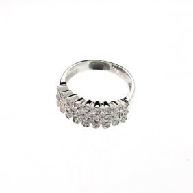 APP: 4k 18kt White Gold, 0.76CT Round Cut Diamond Ring
