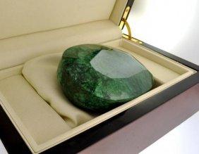 APP: 168.5k 2,515.45CT Emerald Gemstone