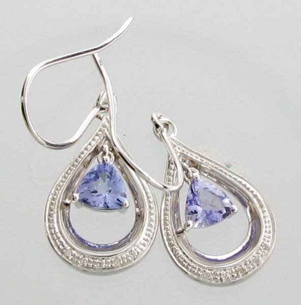 APP 1k 0CT Tanzanite & Diamond Sterl Silver Earrings Lot 433