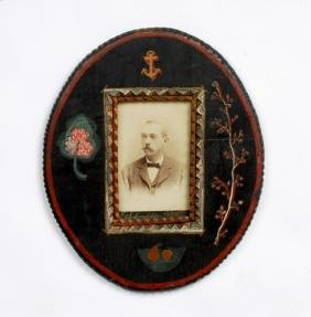 Oval Painted Tramp Art Portrait Frame