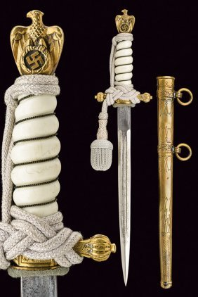 A Km Officer's Dagger