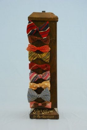 At The Tie Bar we have the biggest selection of self-tie bow ties, pre-tied bow ties, slim bow ties, diamond tip bow ties, black bow ties, white bow ties and much more. While we often opt for a self-tie bow tie if possible, knowing how to tie a bow tie is a skill to master.