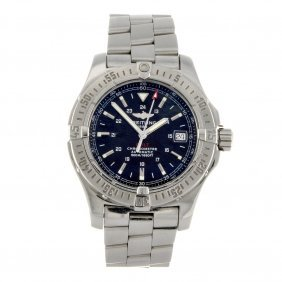 A Stainless Steel Automatic Gentleman's Breitling C