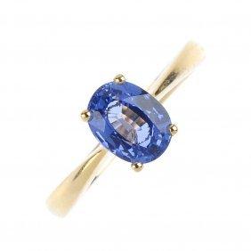 An 18ct Gold Ceylon Sapphire Single-stone Ring