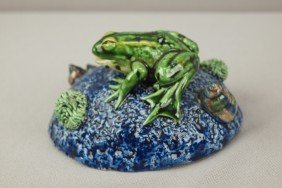 GEOFFREY LUFF Contemporary  Majolica Frog On Blue