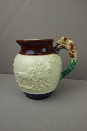 WEDGWOOD Fox Hunt Majolica Pitcher With Hound Han