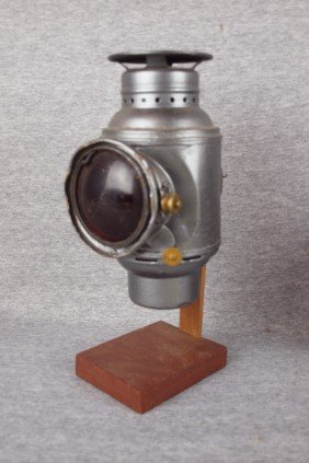 Dietz Lamp With Red Lens