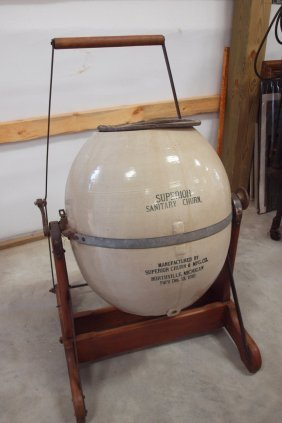 15 Gallon Crock Butter Churn On Stand Quot Superior Lot 153