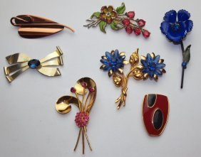 Lot Of 7 Brooch Pins: Renoir, Coro, Monet, Jordan And