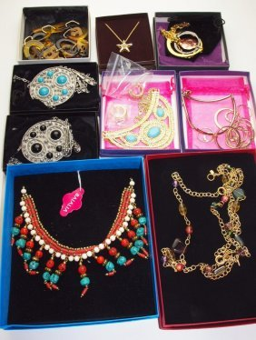 Lot Of Costume Jewelry: Wendy Williams, Curations,