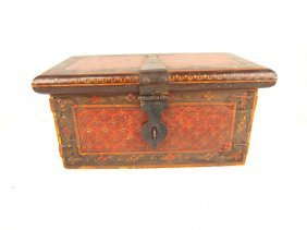 Early Pennsylvania Dutch Storage Box With Hand Forged
