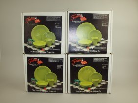 Fiesta Post 86 Set Of 4-4 Piece Place Settings, Nib