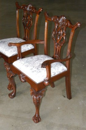 590 reproduction chippendale mahogany dining set lot 590