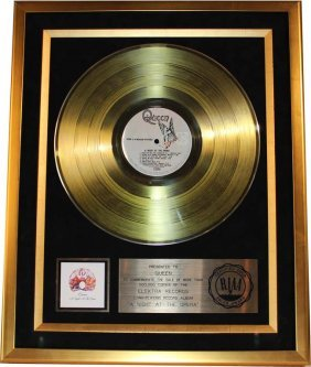 Queen: A Night At The Opera (gold Record - Riaa
