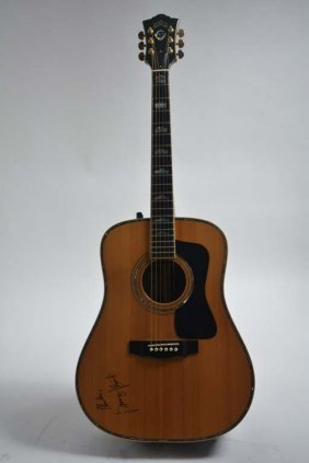 Guild D-100 Guitar Owned & Signed By George Strait