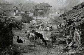 �douard Boubat (1923-1999) Village Indou, 1964