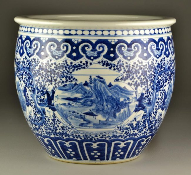 Large chinese blue white porcelain fish bowl lot 1044 for Chinese fish bowl