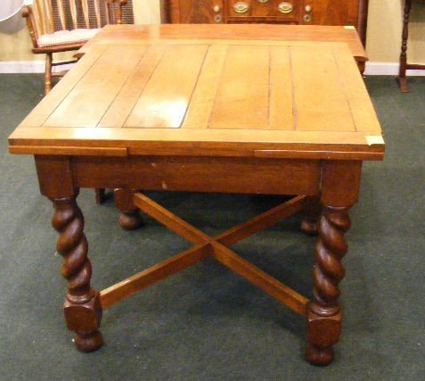 98o English Oak Pub Table With Pull Out Leaves 36 X