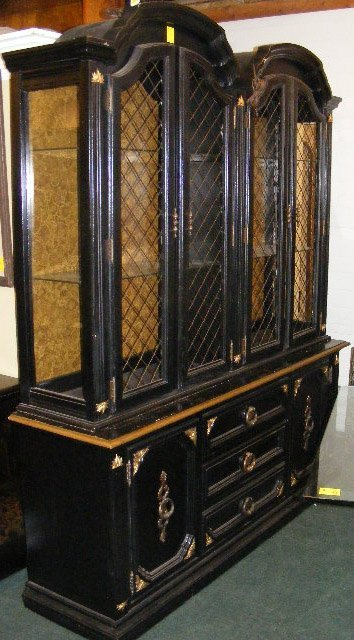 painting a china cabinet black 3