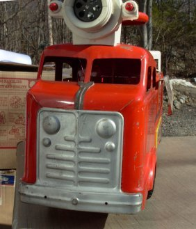 "Marx Ridem Fire Truck 30"" Lg 1950's Very Good Cond."